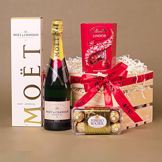 Champagne N Praline Treat Hamper:Gift Basket to Singapore
