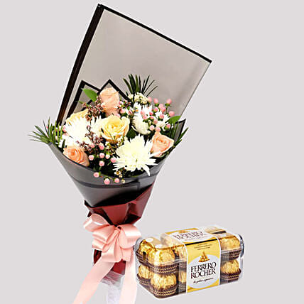 Delicate Rose Bouquet and Ferrero Rocher Box:Flowers N Chocolates to Singapore