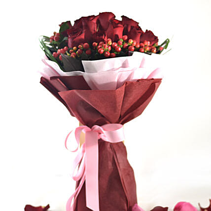 Love Blooming In Roses Bouquet
