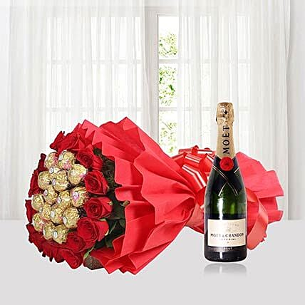 Roses N Rocher With Champagne:Flowers N Chocolates to Singapore