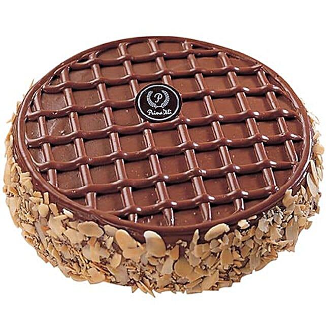 Round Choco Fudge Cake