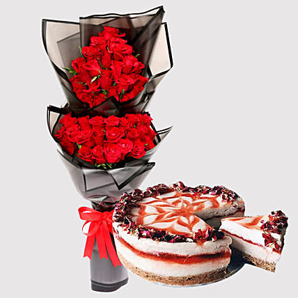 Strawberry Cheese Cake and Romantic Roses