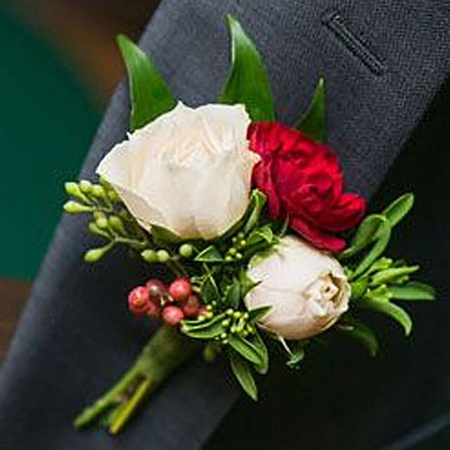 Stylish Floral boutonniere