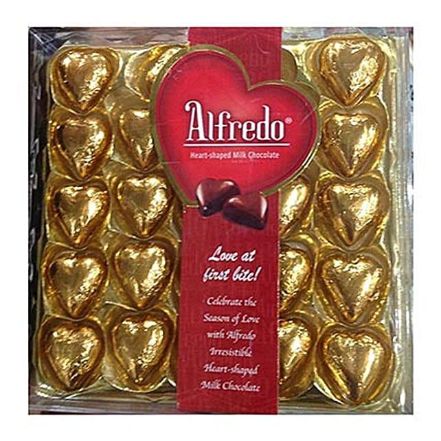 Heart Shaped Alfredo Milk Chocolates:Send Chocolates to Singapore