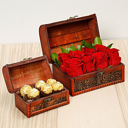 Passionate Red Roses and Chocolates Box:Flowers and Chocolates Delivery in Singapore
