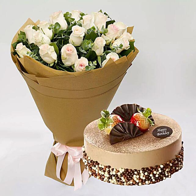 Mocha Cake and Peach Rose Bouquet