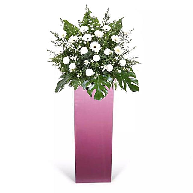 Pleasant White Flower Stand