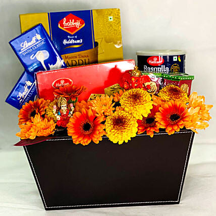 Delectable Diwali Sweets Hamper:Send Sweets to Singapore