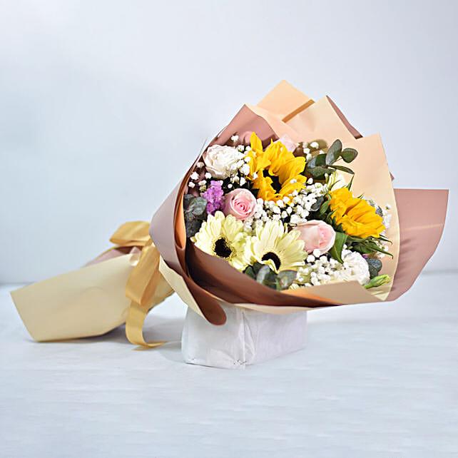 Premium Mixed Flowers Bouquet