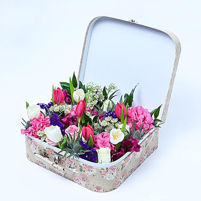 Flora N Fauna Arrangement:Send Flowers to Singapore