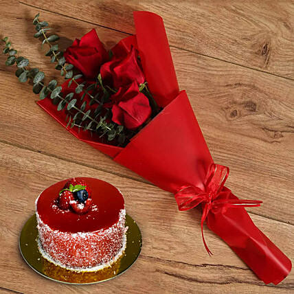 Beautiful Red Rose Bouquet With Rich Chocolate Mousse Cake