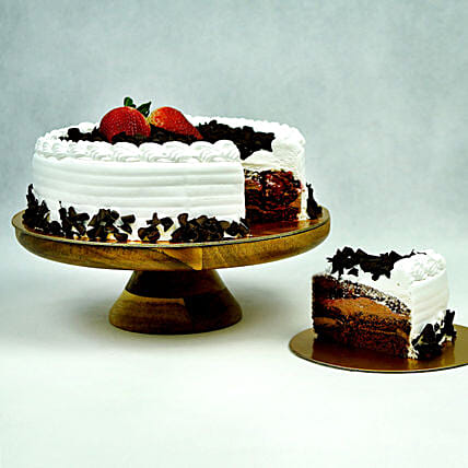 Black Forest Cake:Cake Delivery Singapore