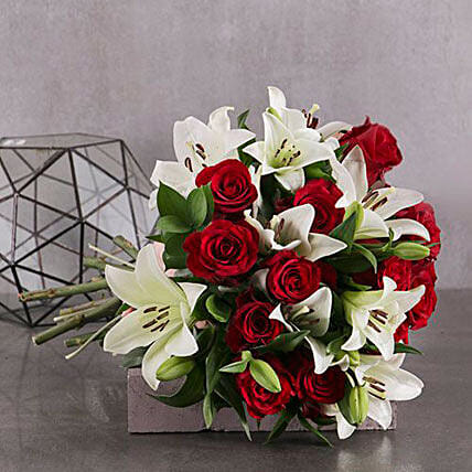 Red And White Elegant Bouquet:Gifts to South Africa