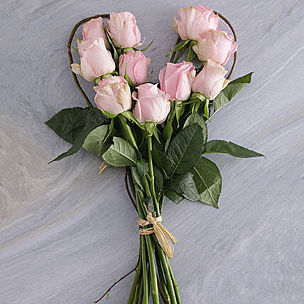 Pink Heart Bouquet:Send Corporate Gifts to South Africa