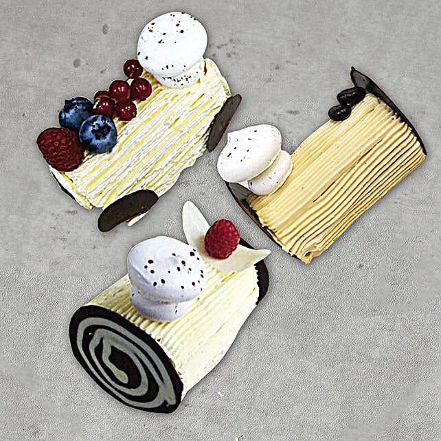 3 Mono Log Cakes