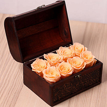 8 Peach Forever Roses in Treasure Box