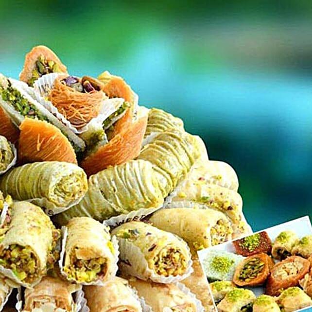 Baklava Extra:Send Christmas Sweets to UAE