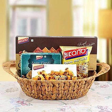 Exquisite Present of Happiness:Send Bhai Dooj Gift Hampers to UAE