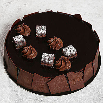 Chocolate Sponge Cake:Gifts for Husband in UAE