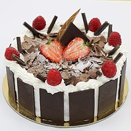 Delightful Black Forest Cake:Send Cakes to UAE