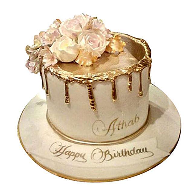 Delightful Roses Cake:Designer Cake Delivery in UAE