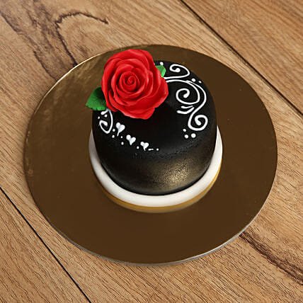 Designer Rose Mono Cake:Send Anniversary Gifts to UAE