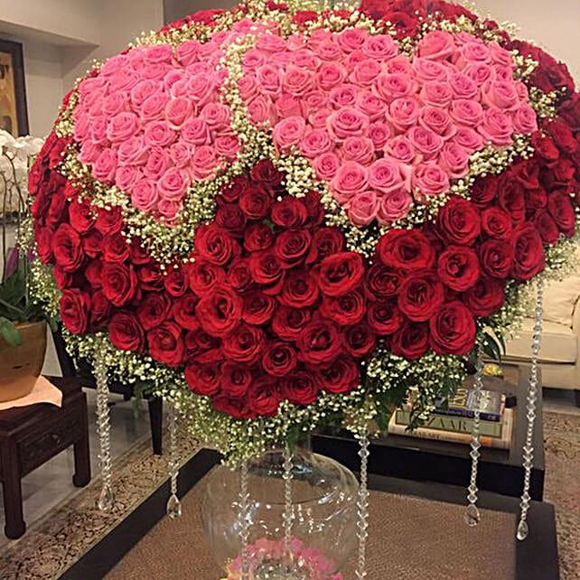 Heartfelt Rose Decor