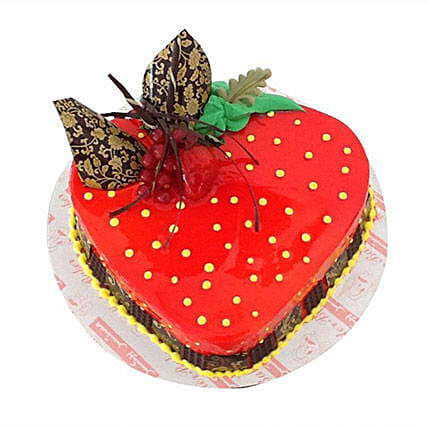 Heartshape Strawberry Cake