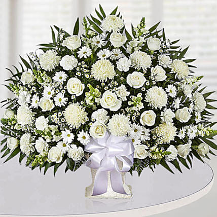 Luxurious White Flower Arrangement