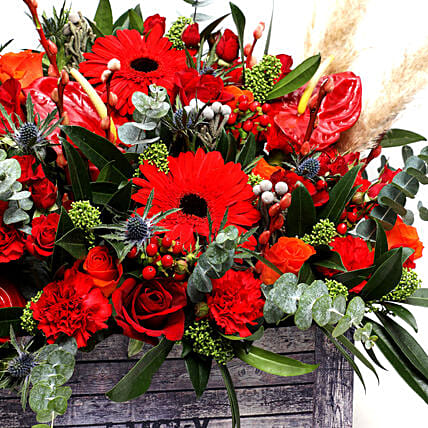 Majestic Flower Box:New Arrival Gifts to UAE