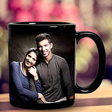 Personalized Couple Mug:Send Hug Day Gifts to UAE