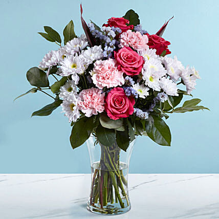 Pink and White Flower Vase:Dubai Flower Delivery