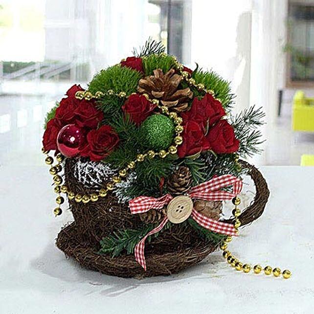 Christmas Flower Arrangements.Pleasant Christmas Flower Arrangement In Uae Gift Pleasant Christmas Flower Arrangement Ferns N Petals