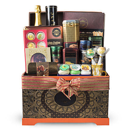 Premium Snack Hamper For Ramadan