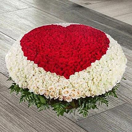 Red N White Roses Basket:Premium Gifts Delivery in UAE