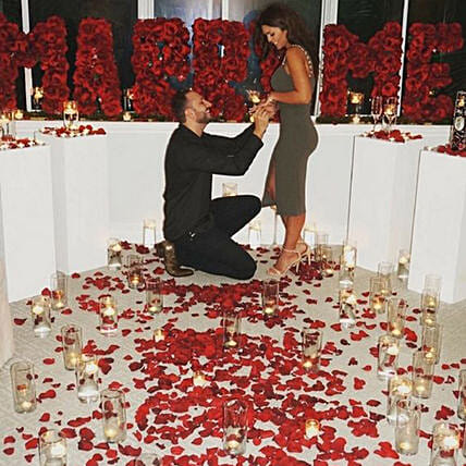 Romantic Proposal:Experiential Gifts in UAE