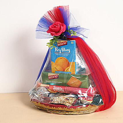 Snacks and Dry Fruits Hamper