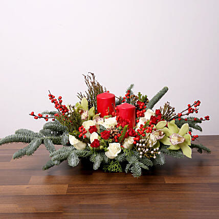 Christmas Flower Arrangements.Splendid Christmas Flower Arrangement In Uae Gift Splendid Christmas Flower Arrangement Ferns N Petals
