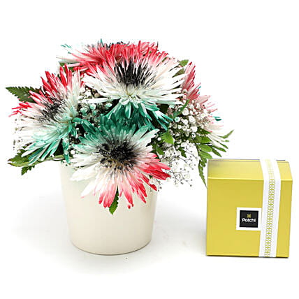UAE Flag Flower Arrangement with Patchi:UAE National Day Gifts