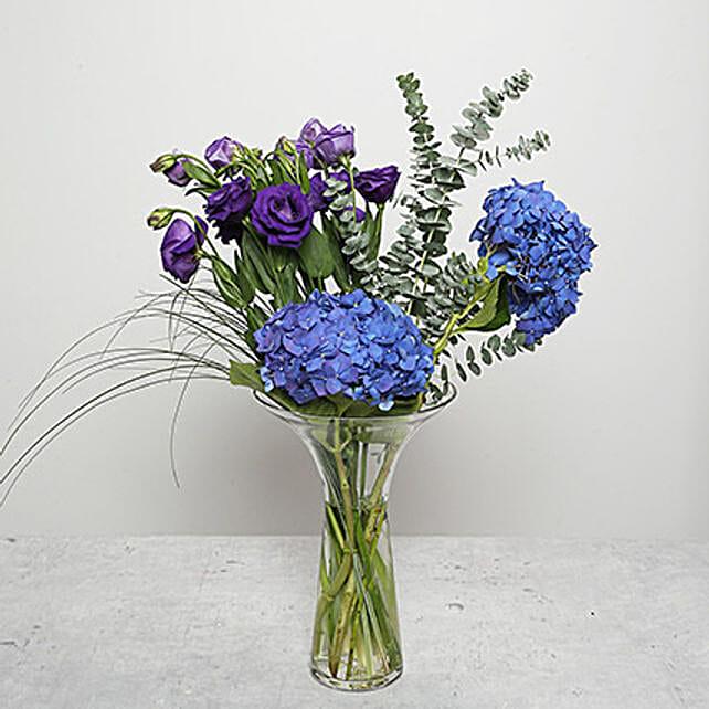 Blue Hydrangea Flower Arrangement In Uae Gift Blue Hydrangea Flower Arrangement Ferns N Petals