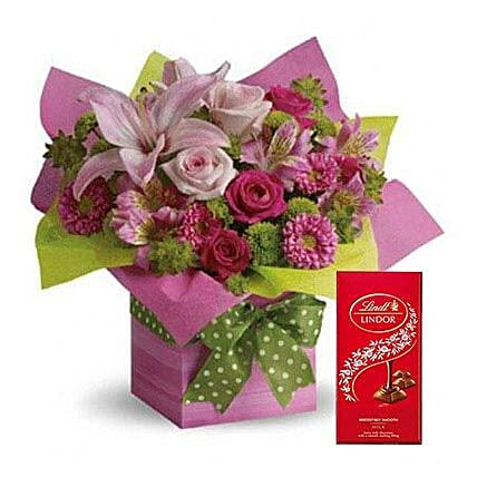 Mixed Flowers Arrangement and Lindt Chocolate Combo:Flowers and Chocolates Delivery in UAE