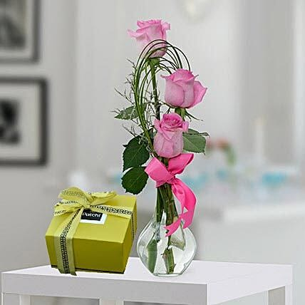Pink Roses and Patchi Chocolate Combo:Flowers and Chocolates to Dubai