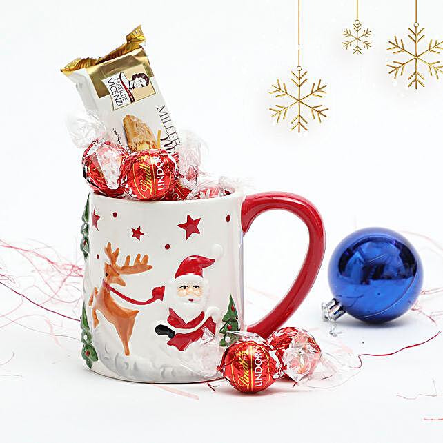 Treats in Embossed Mug