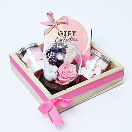 Shades Of Pink Gift Collection
