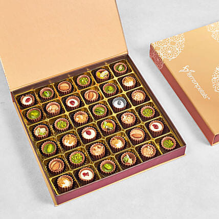 Flavoured Chocolate Cups Large Box