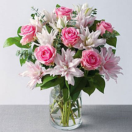 Cheerful Bouquet Of Roses And Lilies