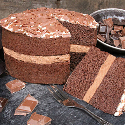 Decedant Chocolate Cake:Send Birthday Cakes to UK