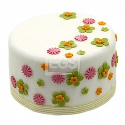 Flower Duet Cake:Send Birthday Cakes to UK
