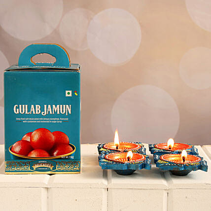 Gulab Jamun And Diyas Diwali Combo:Send Sweets to UK