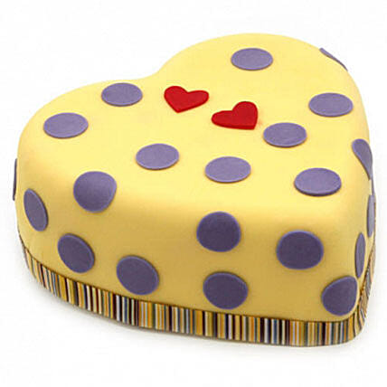 Hearts And Dots Cake:Cakes to Wolverhampton